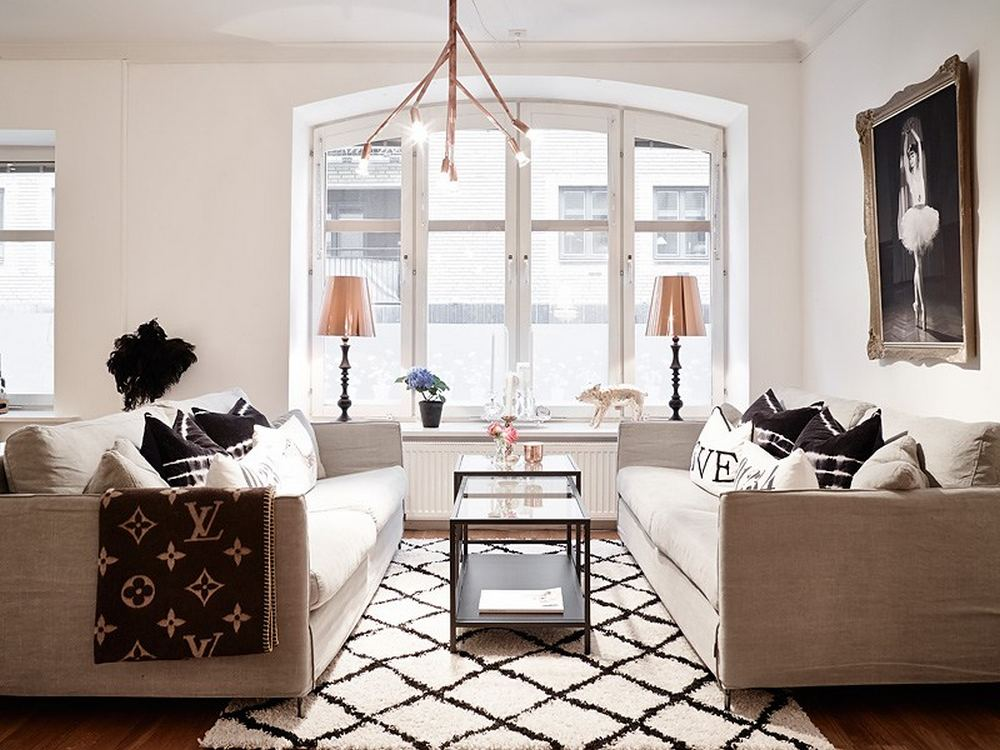 small simple living room space Black-and-White-Swedish-Apartment-Emphasizing-Small-Spaces-with-Elegance-with-Nobility-