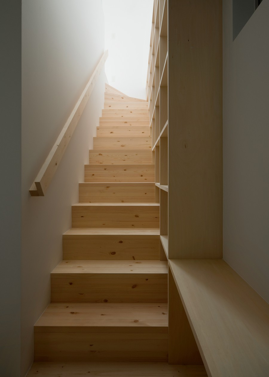 staircase in the Minimalist-Japanese-Residence-Enhancing-a-Narrow-Site-House-F-homesthetics-studio