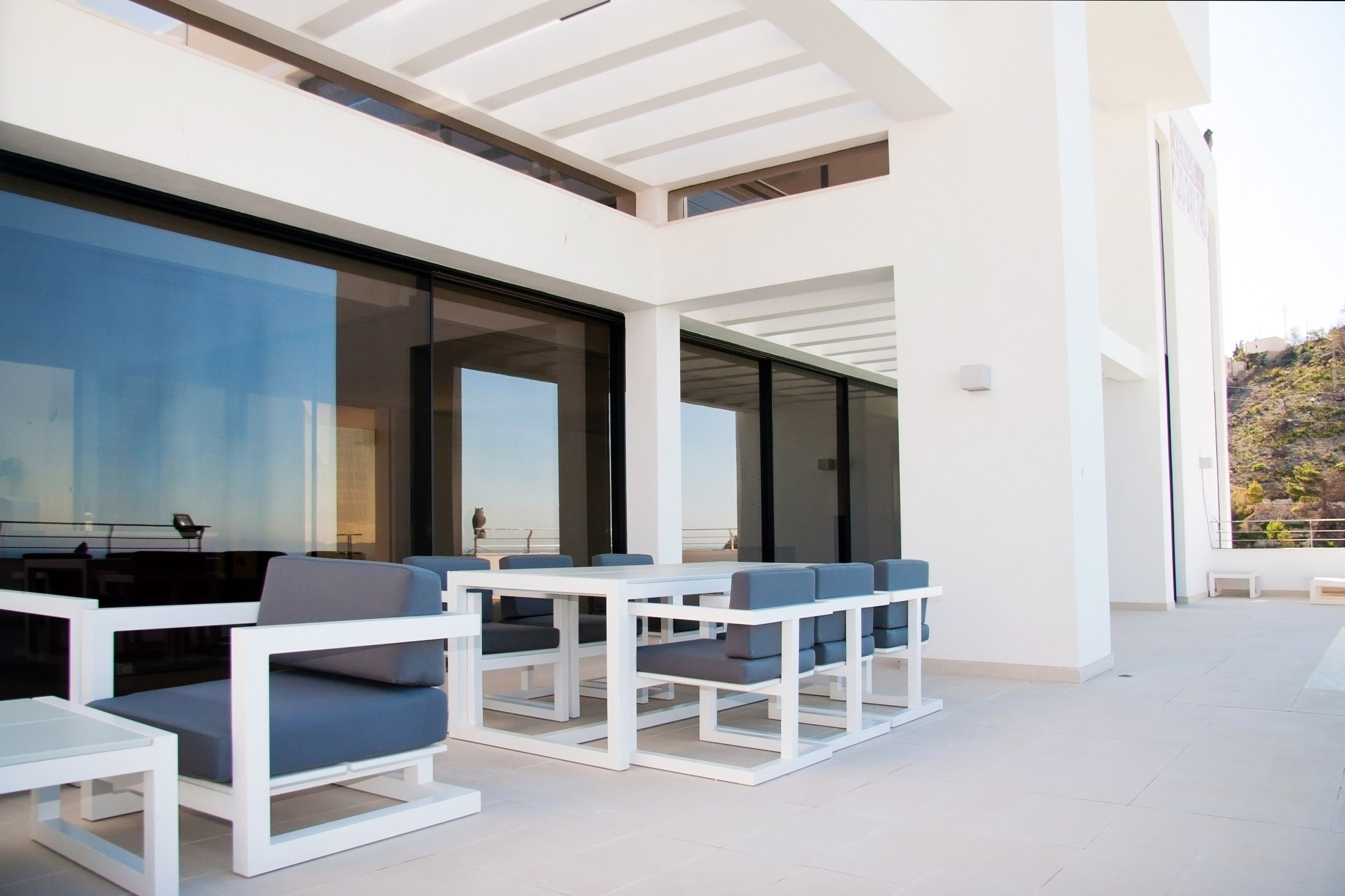 patio and pergola designs Modern Mansions Superlatives -La Perla del Mediterraneo by Carlos Gilardi