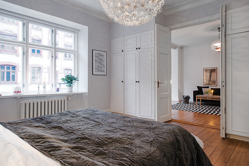 bedroom design Clean-Timeless-Beauty-Materiallized-in-Scandinavian-Interior-Design-with-a-Black-and-White-Theme