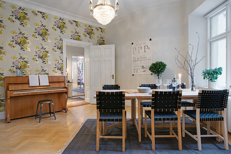 dinning area of the Clean-Timeless-Beauty-Materiallized-in-Scandinavian-Interior-Design-with-a-Black-and-White-Theme
