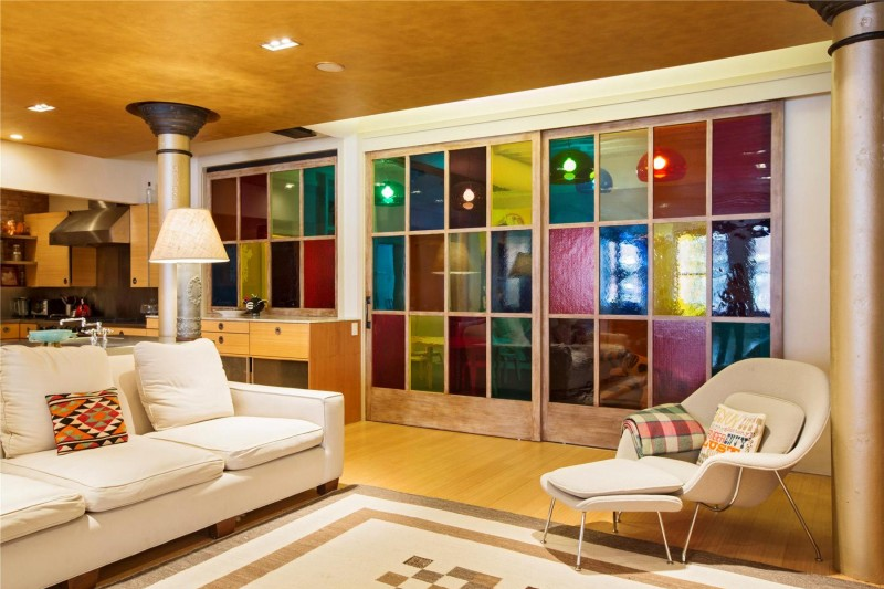 colorful wall separators Colorful-Unusual-Elegant-Penthouse-Tribeca-Manhattan-New-York-City-homesthetics