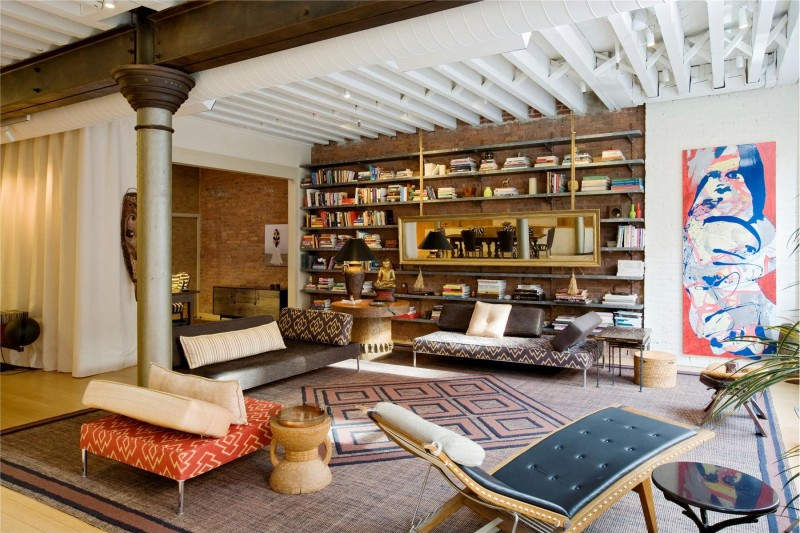 vintage living room design in a Colorful-Unusual-Elegant-Penthouse-Tribeca-Manhattan-New-York-City-homesthetics