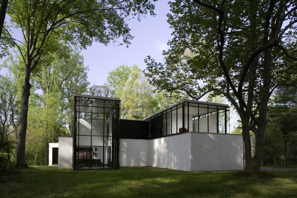 black and white design of the modern mansion in the woods