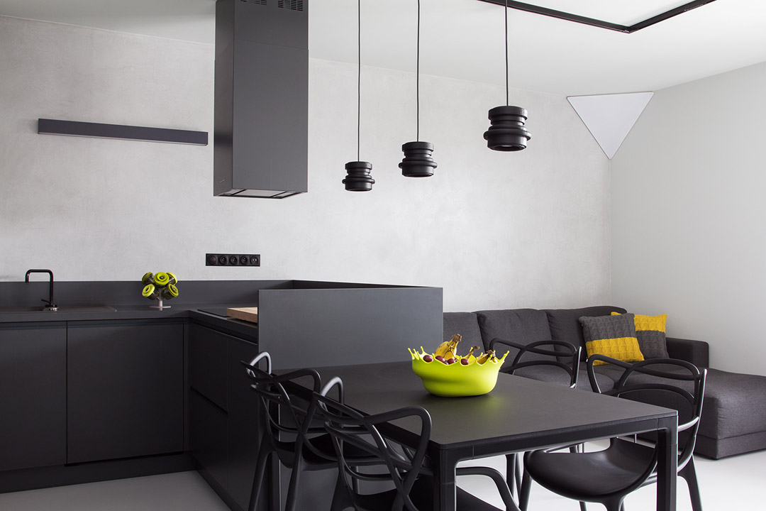 BoldMasculine-Black-and-White-Apartment-Enhanced-by-Colorful-Details