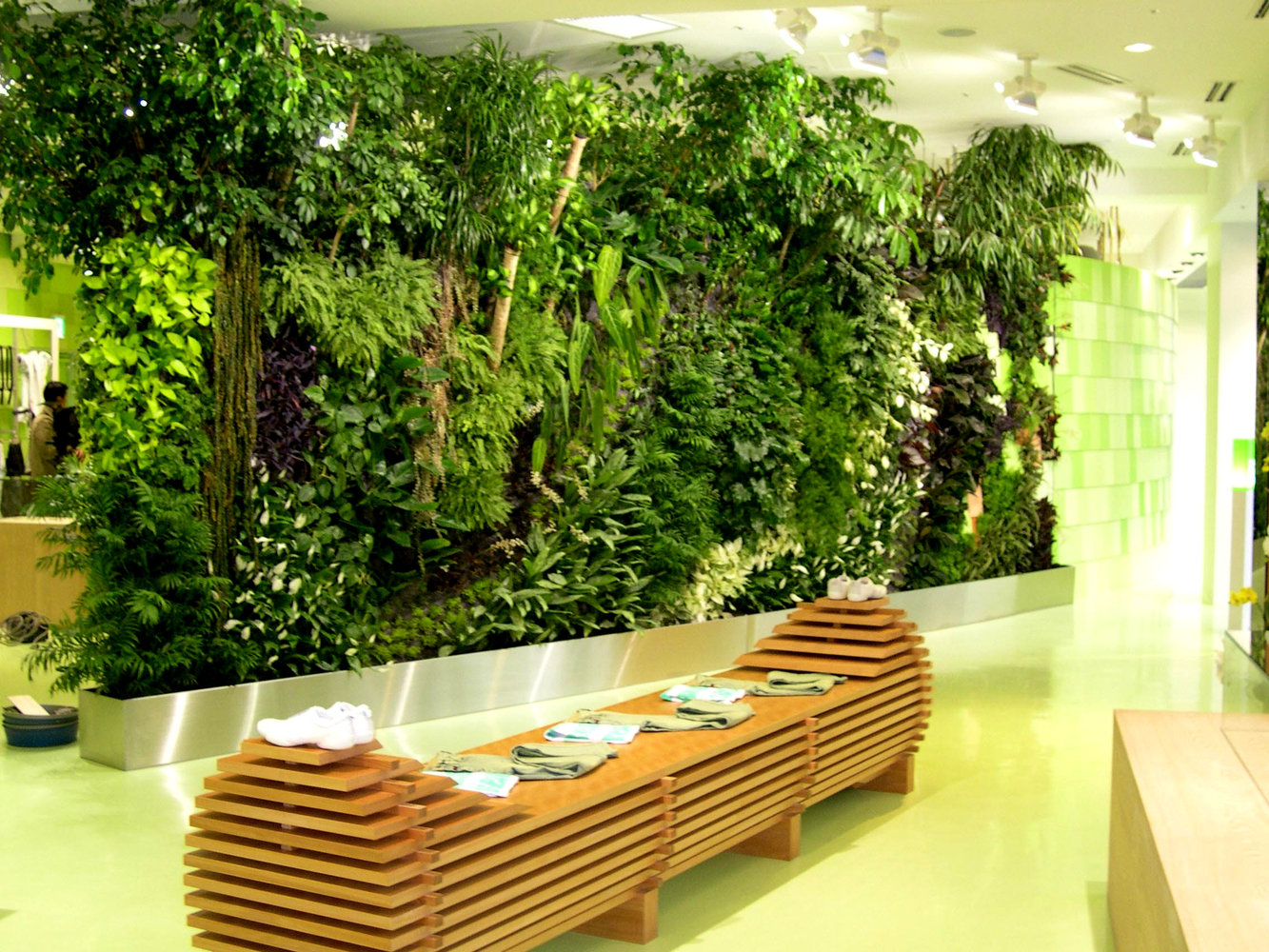 Green Everywhere- DIY Vertical Gardens | Homesthetics ...