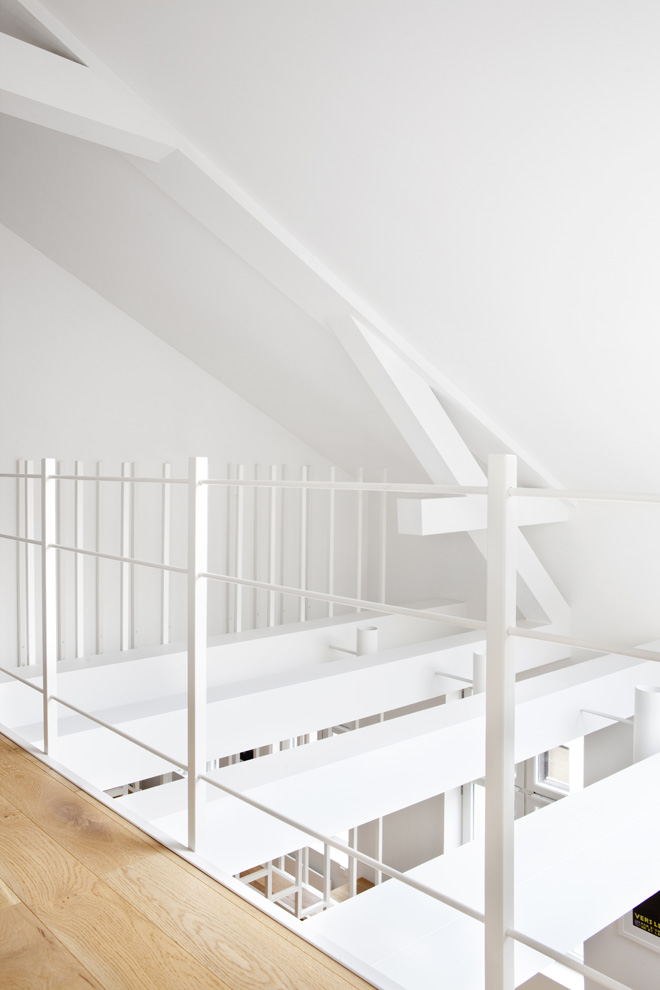 superb White Coated Staircase Floating Above the Ground-Suspended Steel Powder