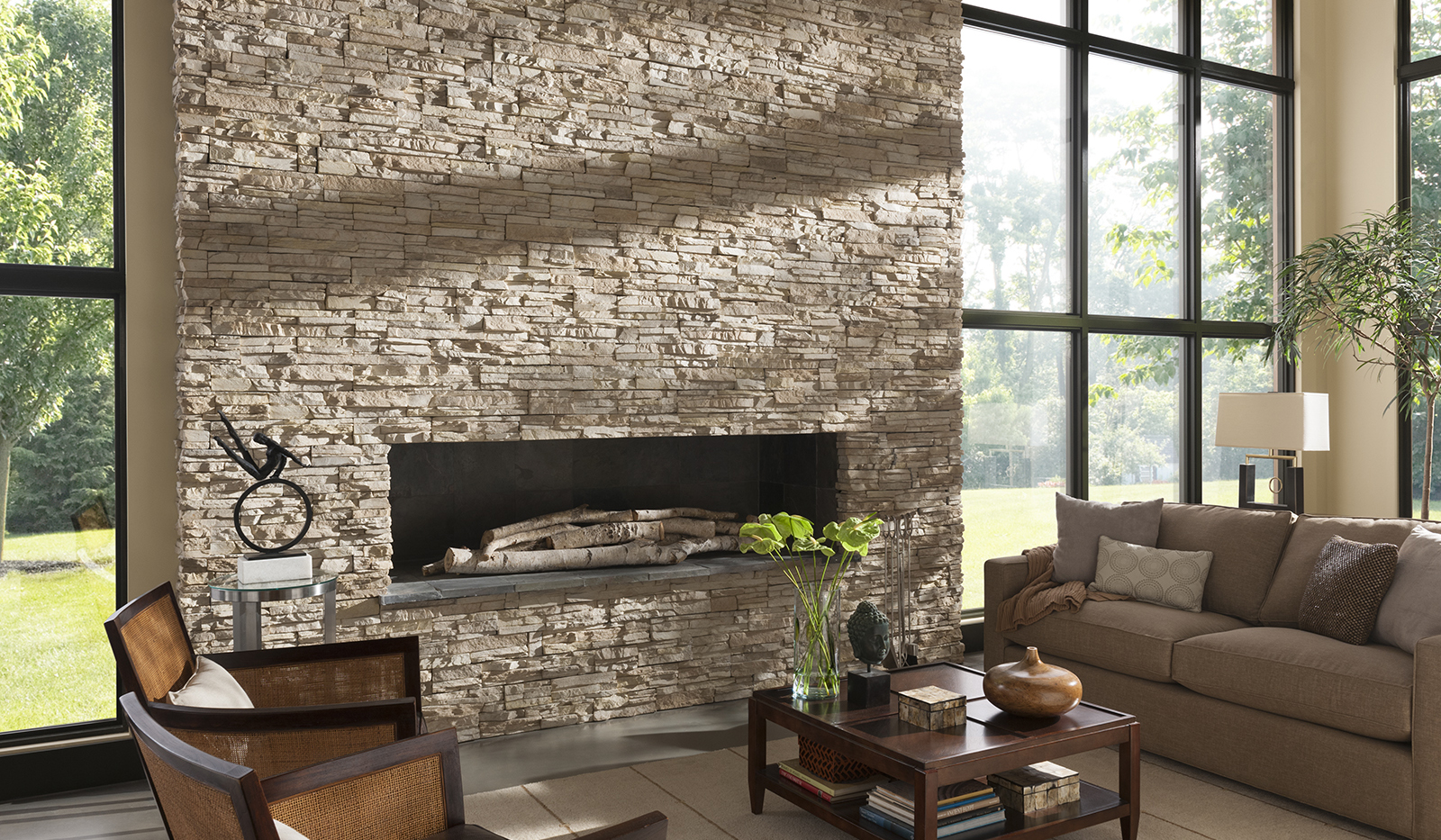 25 interior stone fireplace designs. Black Bedroom Furniture Sets. Home Design Ideas