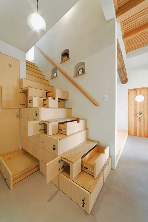storage area under the Different-Wooden-Types-of-Stairs-for-Modern-Homes