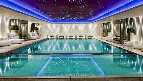 Superb Luxurious Contemporary Swimming Pool Design