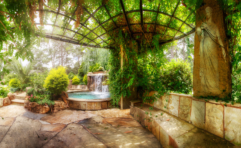 Backyard-Landscaping-Paradise-30-Spectacular-Natural-Pools-