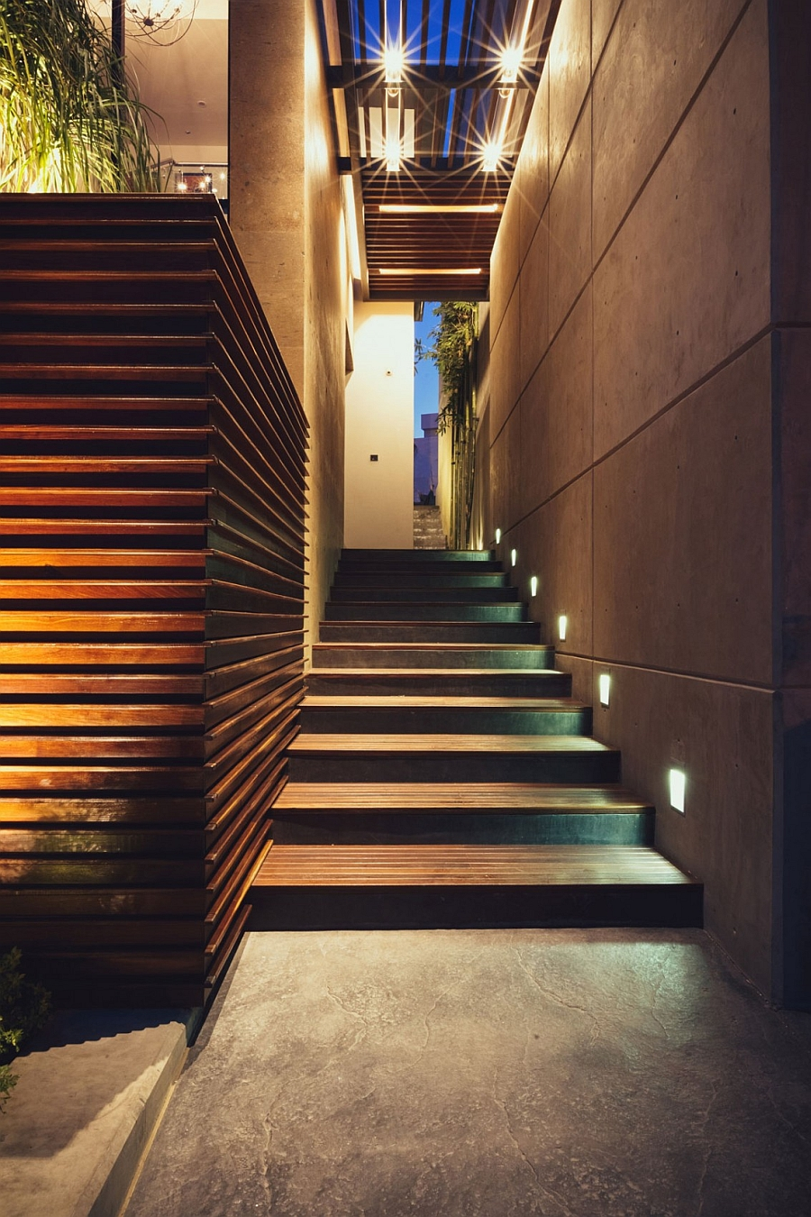Beautifully-lit-pathway-inside-the-Luxurious-Private-Residence-In-Mexico-Makes-Enhancing-The-Landscape