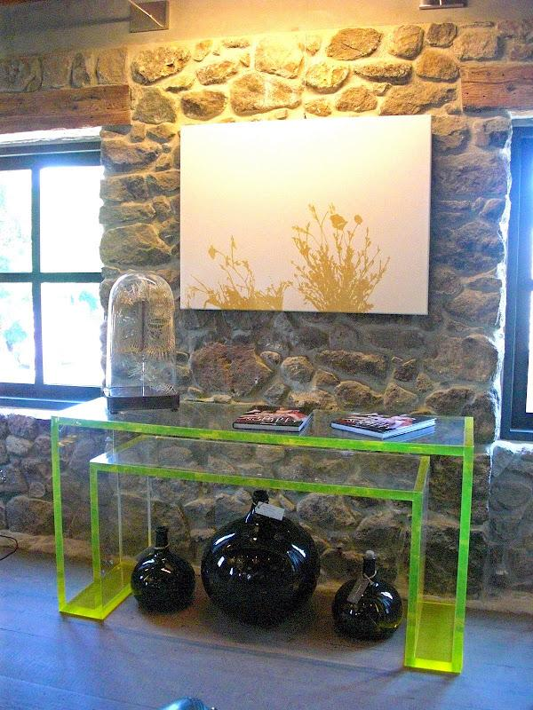 Brillant-Acrylic-Console-Table