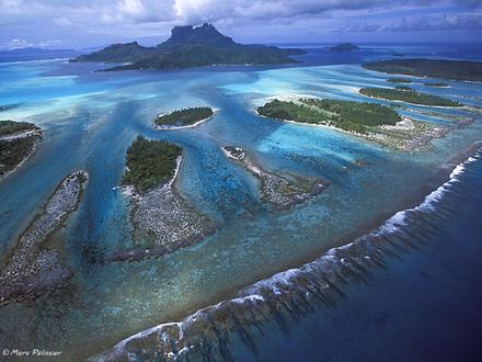 breathtaking airplane view of Buy-Your-Own-Island-in-Bora-Bora-French-Polynesia-Haapiti-Rahi-Motu