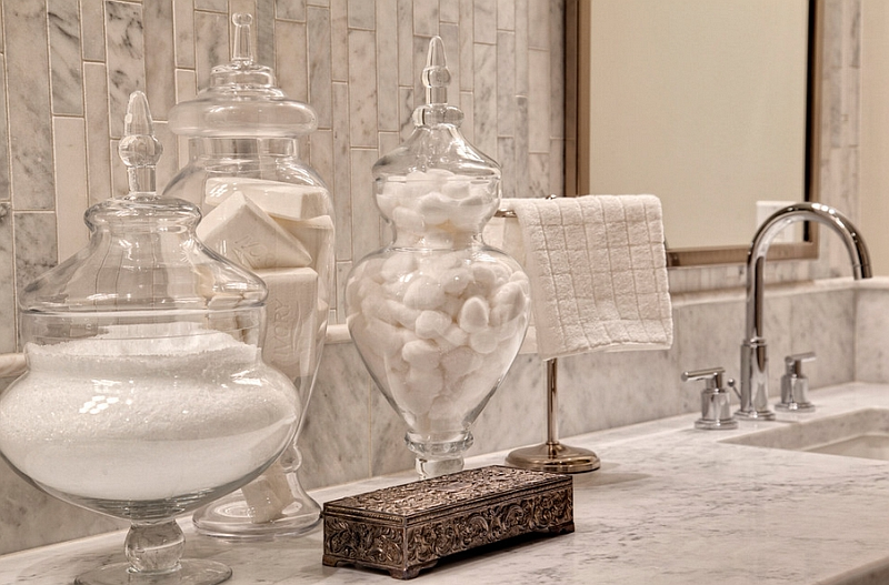 Glass Apothecary Jars Adding Elegance and Style to the Bathroom