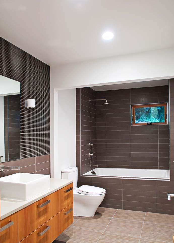 supreme bathroom interior design Green Modern Classic House by PLACE Hidden in the Forest