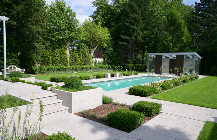 clean and smooth Natural-Swimming-Pools-by-Biotop-The-New-Eco-Trend