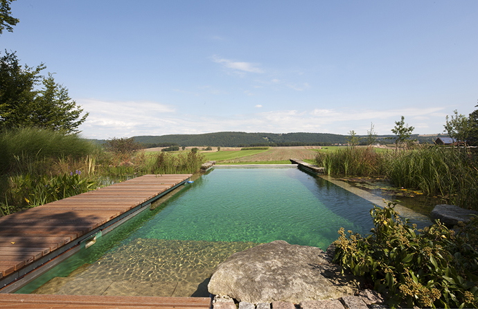green infinity swimming pools Natural-Swimming-Pools-by-Biotop-The-New-Eco-Trend