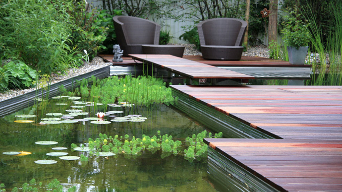 green Natural-Swimming-Pools-by-Biotop-The-New-Eco-Trend