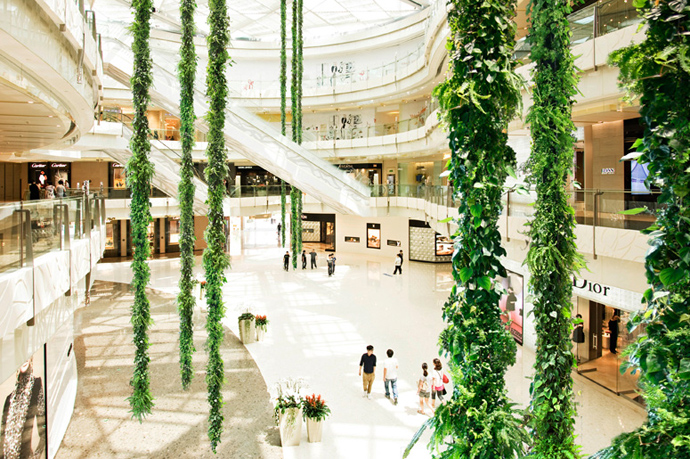 hanging PlantWalls-–-Greenery-Without-Losing-Floor-Space-Materiallized-by-Green-Fortune