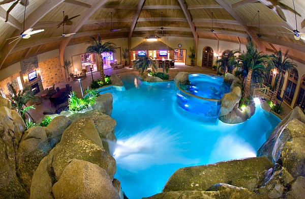 Aquarium with Salt Water and Waterfalls in a Tropical Lagoon Setting