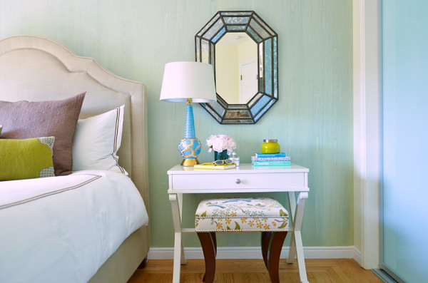 White Bedside Table with Mirror for Make-up