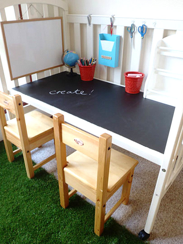 18 diy desks ideas that will enhance your home office diy crib desk with chalkboard top solutioingenieria