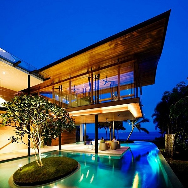 Luxurious Modern Mansion Entitled Fish House With Staggering Swimming Pool and Cantilevered Volume sleek pool designs
