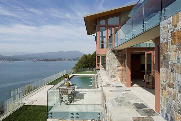 Stone and Glass House Open To The Ocean