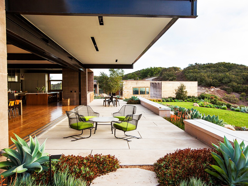 terrace patio design in a modern mansion