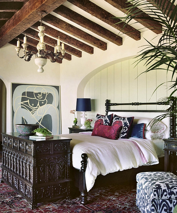 Soothing and Relaxing Bedroom with Prints and Mediterranean Appeal