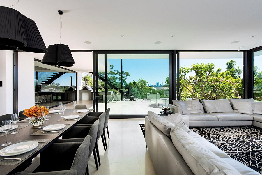 Expansive Views Captured In Between the Living Room and Dinning Area