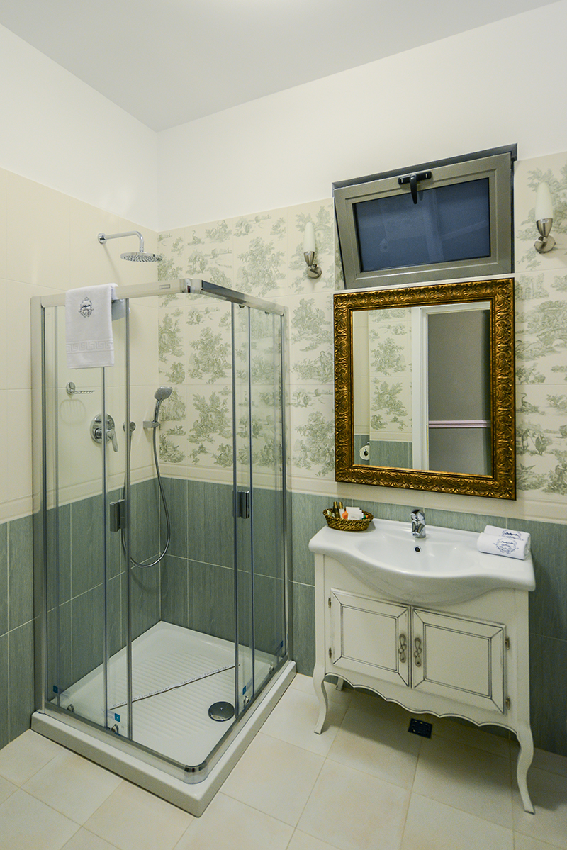 hotel lafayette in provence style by creativ interior on homesthetics (10)