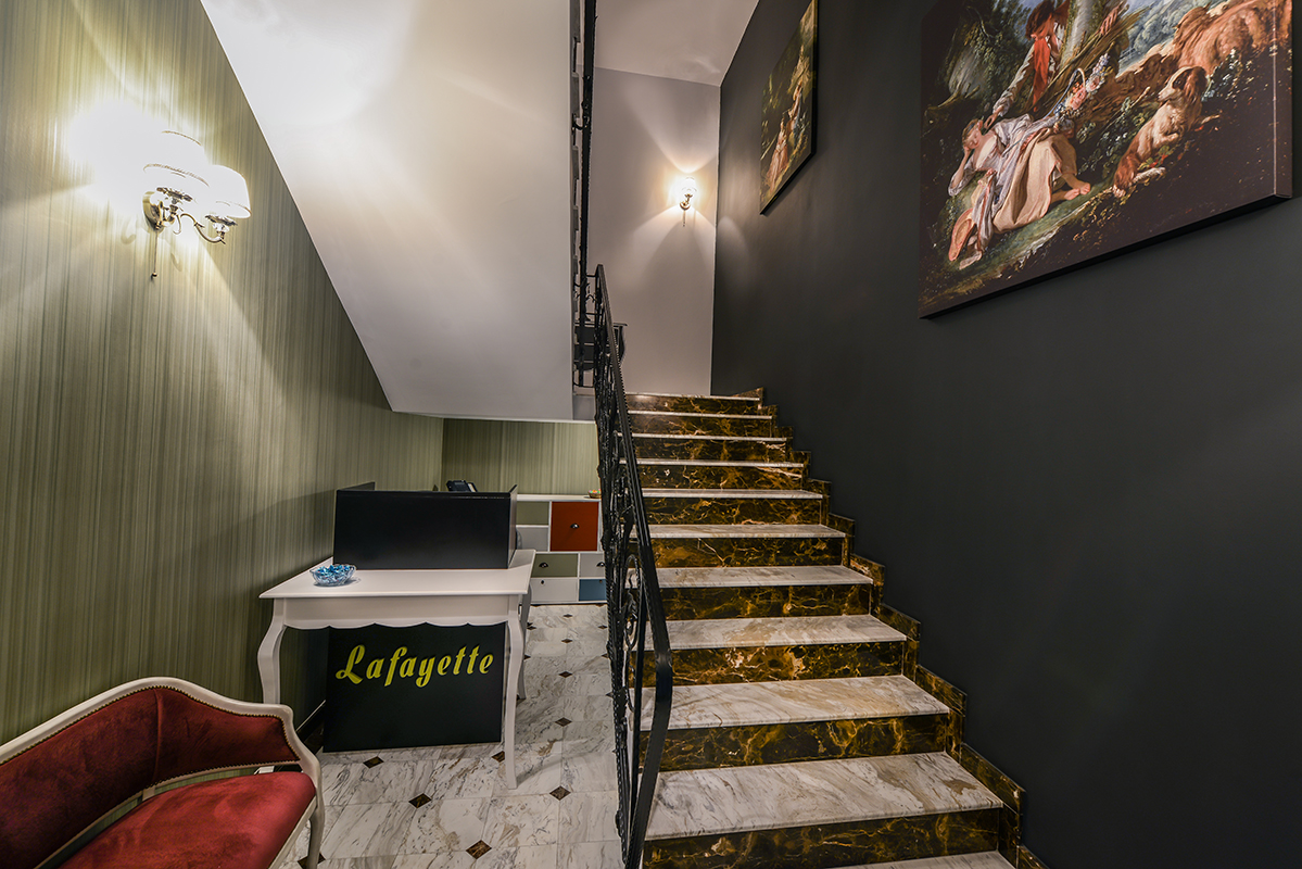 hotel lafayette in provence style by creativ interior on homesthetics (2)
