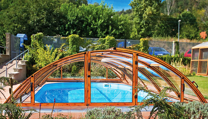 curved swimming pools cover