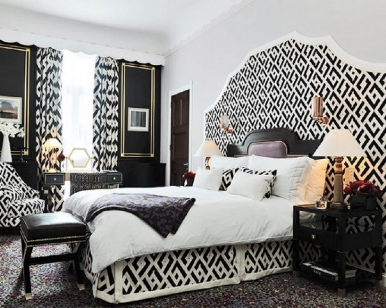 25 Black and White Glamour Decor Inspirations 14