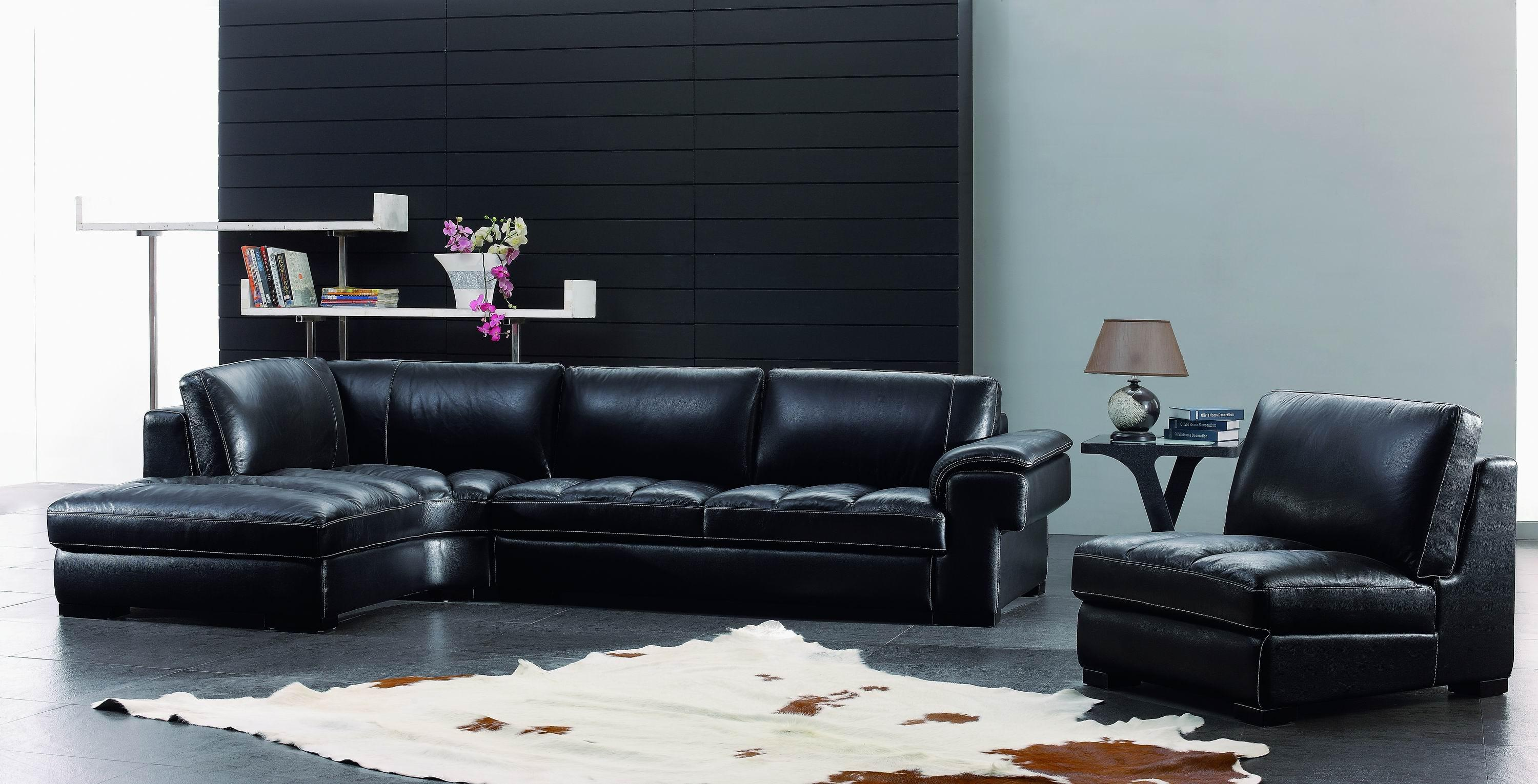 25 Black and White Glamour Decor Inspirations 24
