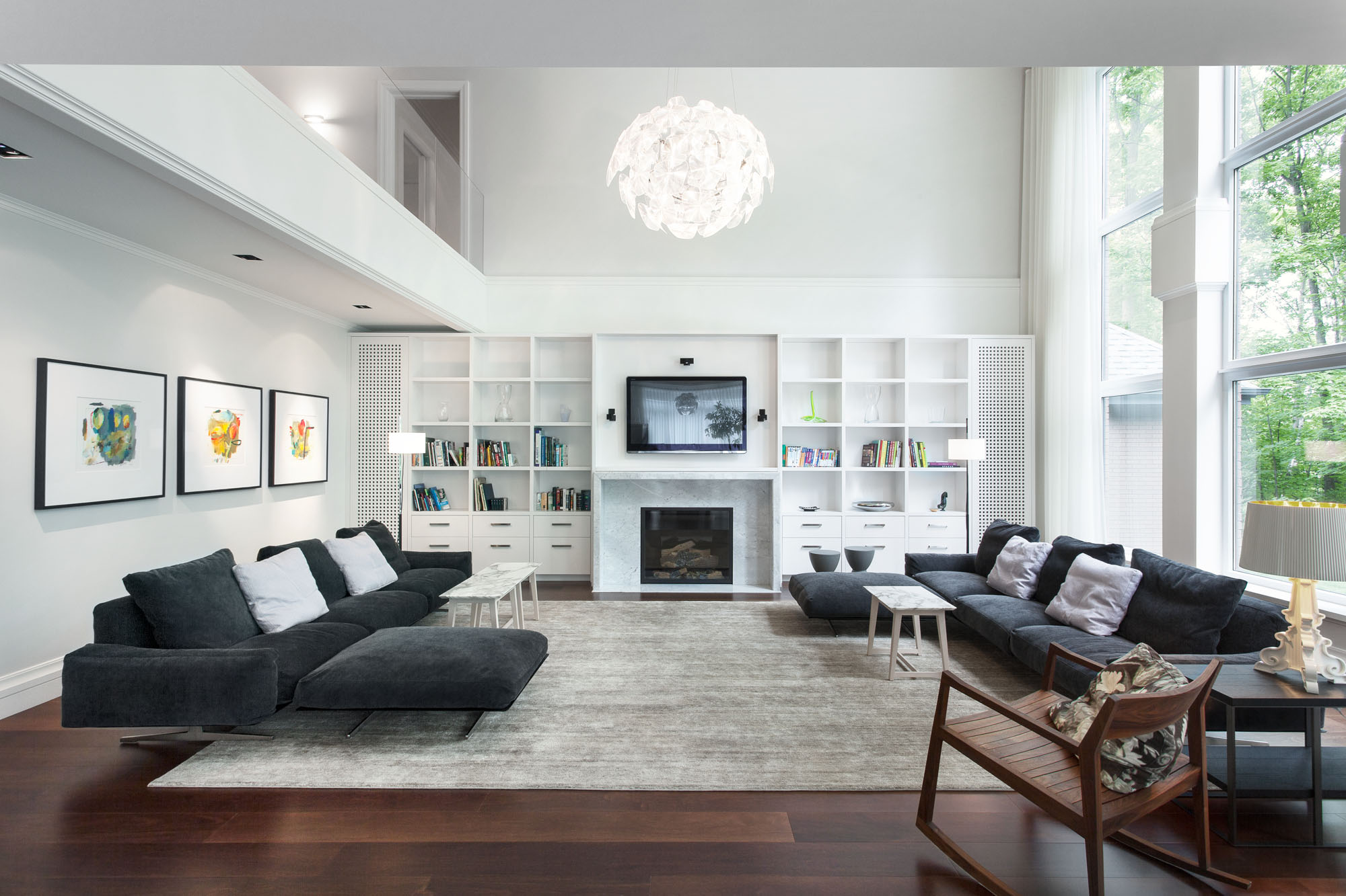 25 Black and White Glamour Decor Inspirations 3