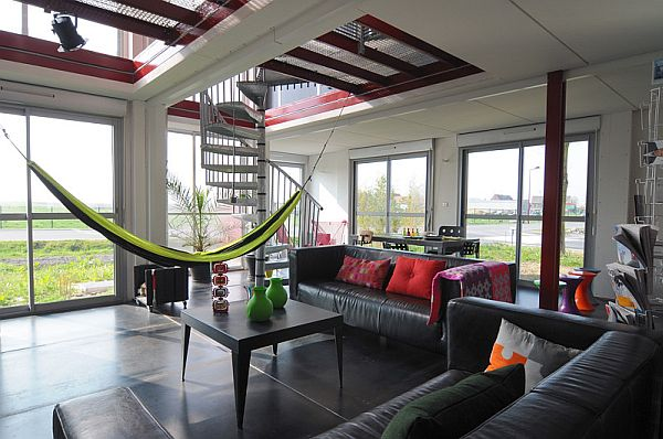Lovely Hammock in the Living Area Providing a Comfortable and Care Free Seating Option