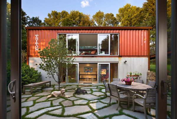 Snapshot Inside a Container Home