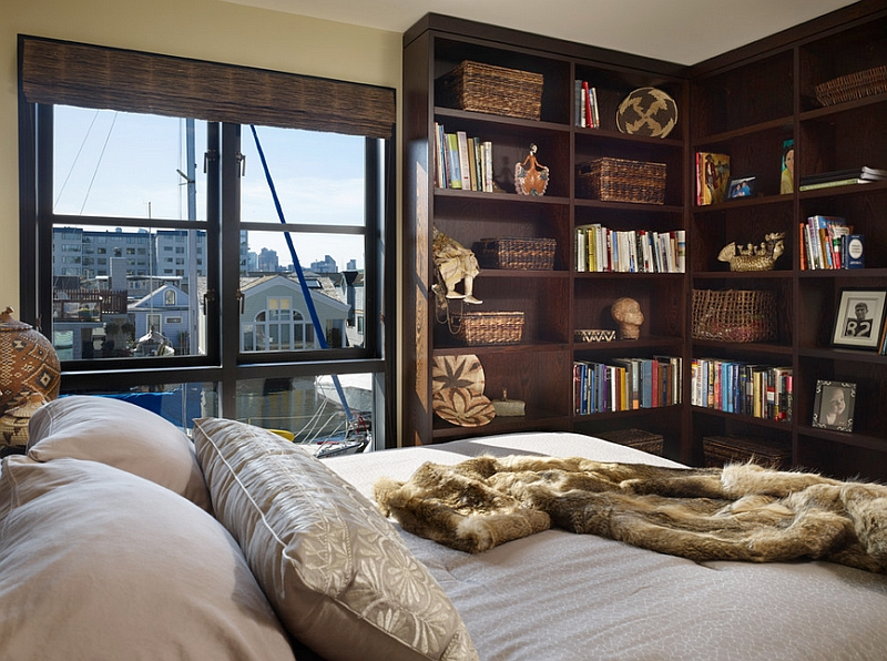 Merveilleux High Corner Bookshelf In The Bedroom Doubling As A Magnificent Display