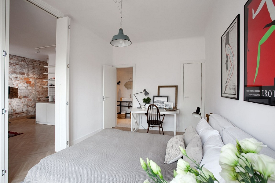 Bedroom In Scandinavian Design Style With a Small Work Area