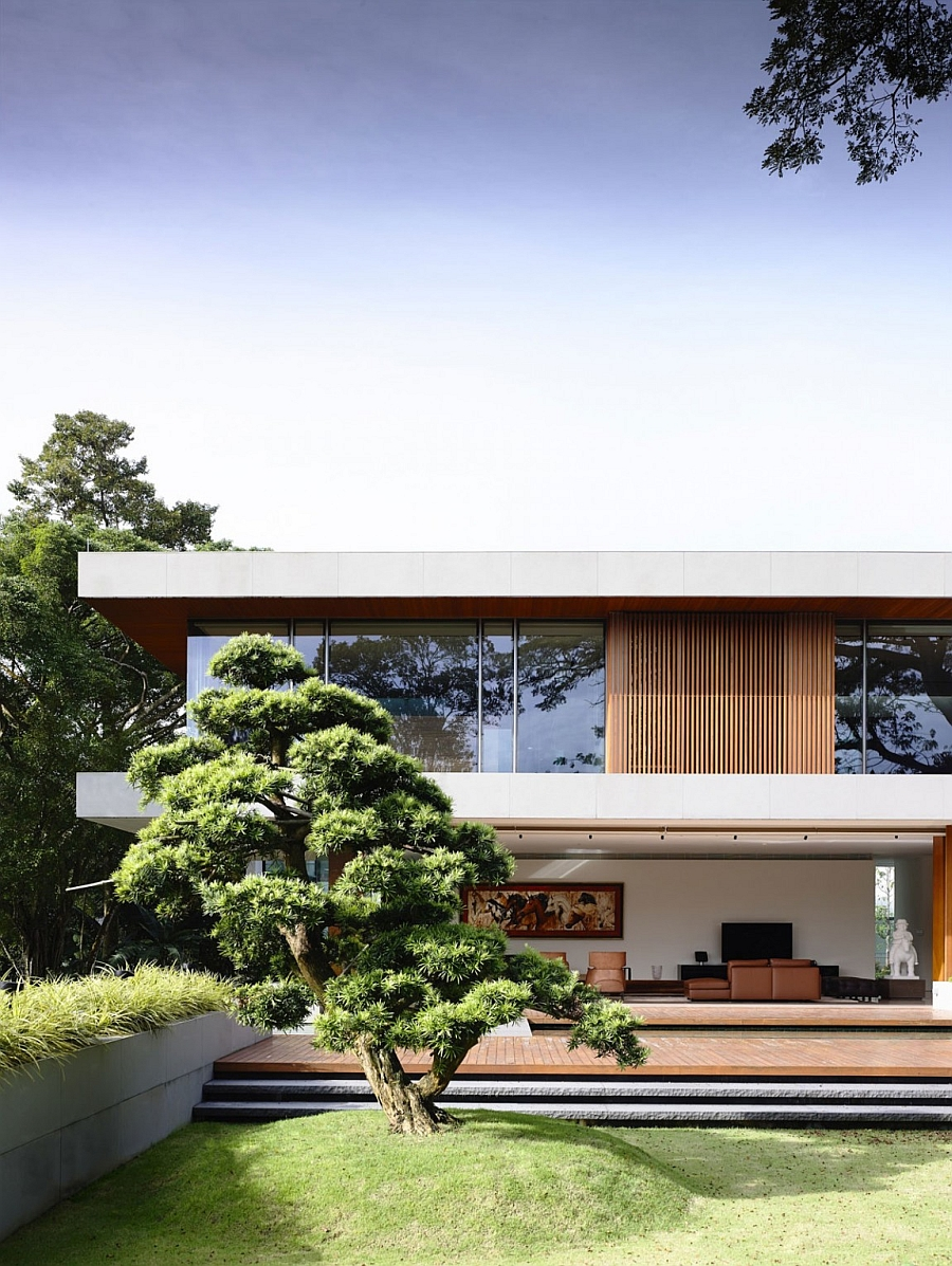 Facade of the  Private Residence In Singapore With Enahance by Nature