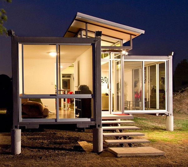 Container Home Using a Glass for Transparency and Extensive Viewsa