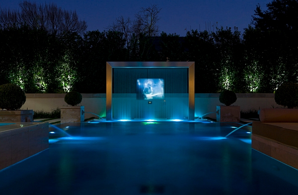Jaw Dropping Water Screen with a Rear Projection System