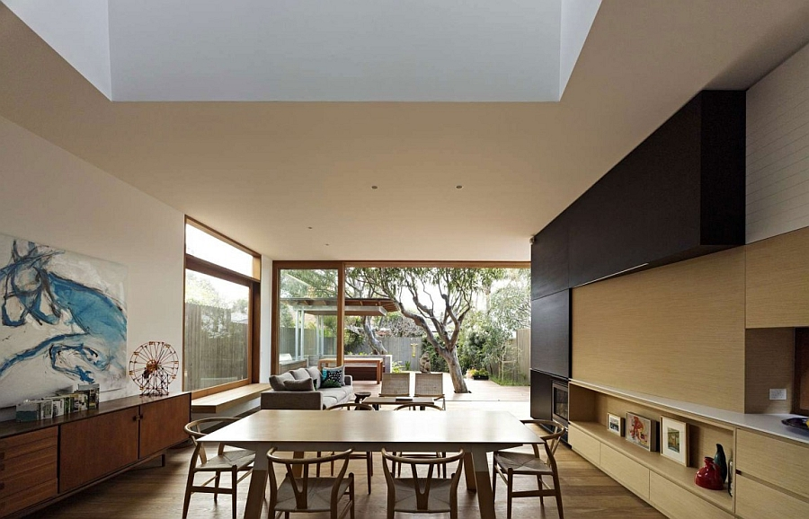 Interior Design with a Seamlessly Connection with the Exterior
