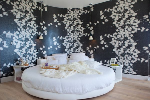 4.A WHITE COLOR SCHEME WITH INTERESTING ACCENTS