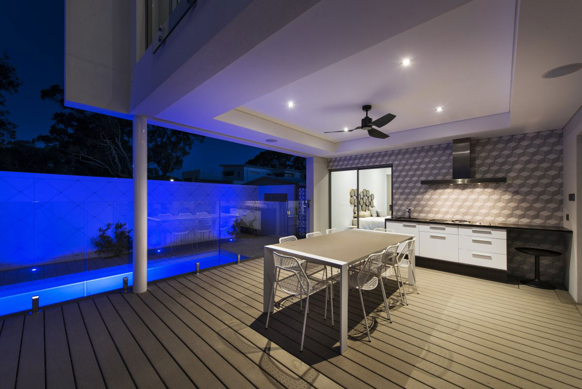 The Empire Residence in Australia by Residential Attitudes  outside deck