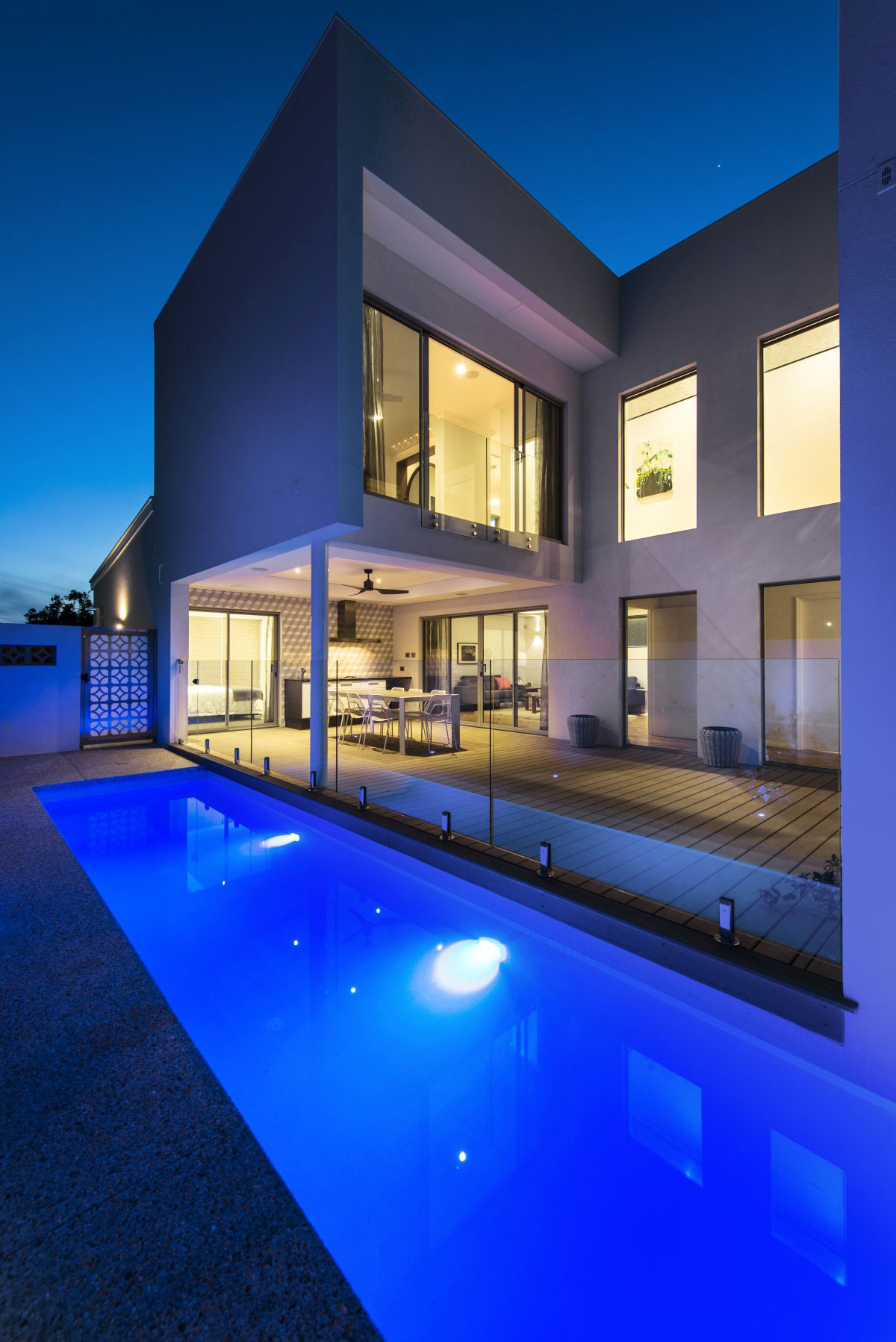 The Empire Residence in Australia by Residential Attitudes   modern swimming pool
