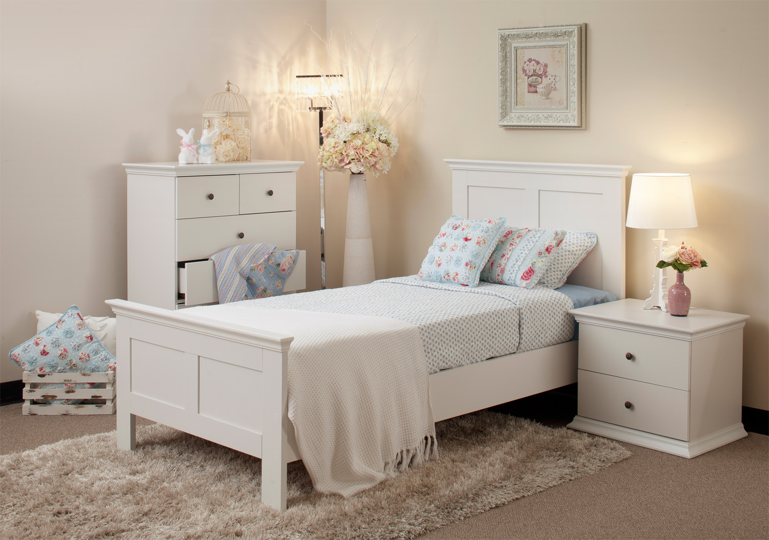 White bedroom design ideas collection for your home for White bedroom furniture
